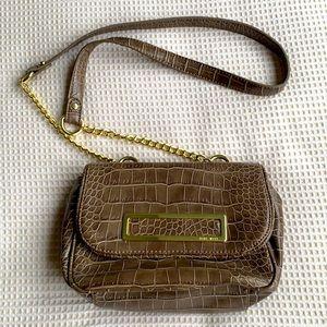 Beautiful Nine Wear cross body purse